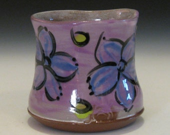 purple flower cup with green dots / ceramic tumbler