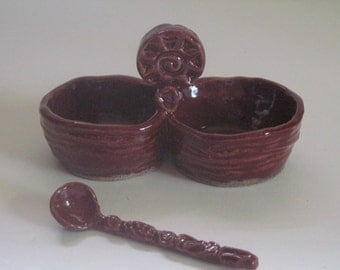 Double salt cellar with Spoon Hand Built Stoneware Dark Red Tableware SET