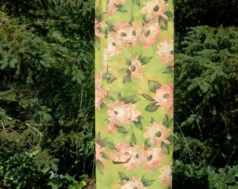 Sarong: Huge salmon/peach blossoms on chartreuse green background w/ matching hatband