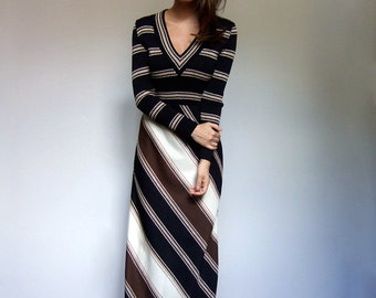 70s Maxi Dress Striped Maxi Dress Long Striped Dress Long Sleeve Maxi Vintage Fall Dress Black Gold Dress Chevron Dress Small to Medium S M