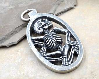 Skeleton Pewter Pendant, 1pc, 38x24mm, Gothic Pendant, Halloween, Made in USA -P352