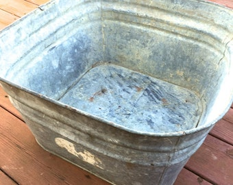 True Vintage #42 Square Grey Galvanized Laundry Wash Tub for Christmas Tree or Firewood