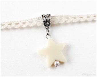 Beige Lace Choker Necklace, Star Pendant, Pastel Grunge, 90s, Sweet Lolita, Fairy Kei