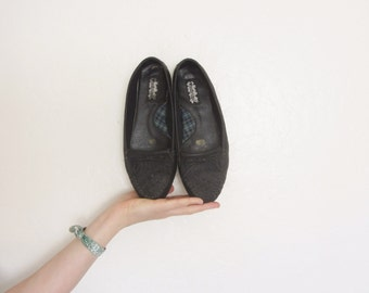 supple black leather moccasins . fringe loafer shoes .womens size 7W .sale s a l e