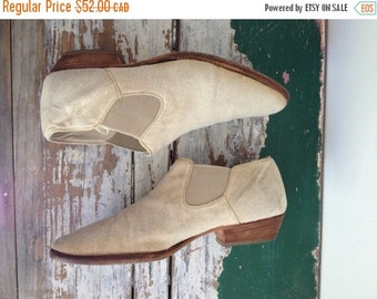 Summer Sale Chelsea Boots, Size 9 Cream Ankle Boots, Elastic Boots, Booties, Linen Boot 9, Beetle Boots, Wooden Soles, Fabric Boots Light Be