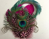 Peacock pink hair clip - Peacock feather fascinator.