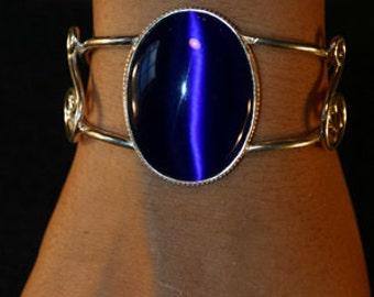 Handmade Royal Blue Cat's Eye & Sterling Silver Bracelet