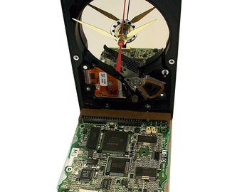 Hard Drive now a Clock with Rare Circuit Board Accenting the Base. Got Company Gift?