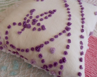 "Vintage Chenille Pillow 14"" x 14"" in a white handmade hand-tufted purple & white popcorn - P117"
