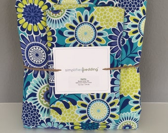 Girls Twin Duvet Cover and pillow sham made in green and blue Dahlia fabric