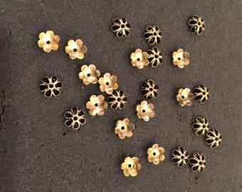25 Daisy gold tone/Black enamel bead caps/Spacers