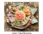 smile inducin' flower brooch / pin / vintage quilt