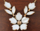 Early 1950s Trifari Poured White Glass Gold Tone Flower Necklace