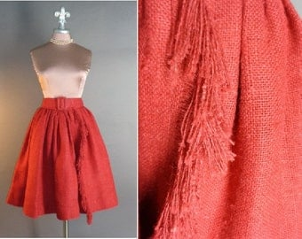 50s skirt 1950s vintage RED BOUFFANT BURLAP hopsacking fringe day to evening fit and flare full skirt
