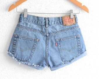 Levis High Waisted Shorts size small Shorts Vintage Levi High