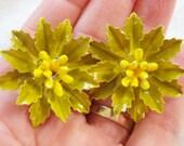 vintage green petals flower clip on earrings 1215E