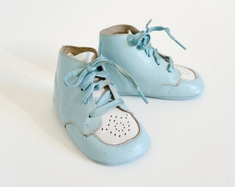 "Vintage 1950s Baby Doll Shoes / 50s 60s Leather Lace Up Ankle Booties / 4""L, Soft Sole / Sold As Display, Set Prop or Doll Shoes Only"