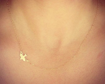 NEW - Gold Sparrow Necklace - Small Dainty Bird Sparrow Pendant - Bridal - Gift for Friend - Girlfriend - Mom - Sister - The Lovely Raindrop