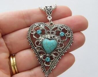 1 Pendant imitation turquoise and rhinestone heart NB19