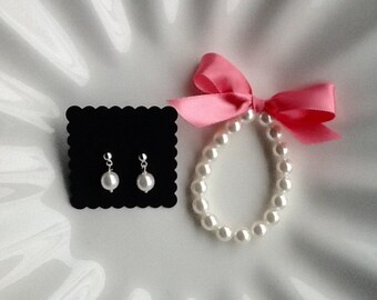 Girl's Jewelry Set - Pearl Bracelet and Earring Set with white or ivory pearls, flower girl gift, your ribbon color choice