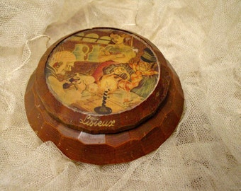 Vintage Wood Box - Turned Wood French Souvenier Trinket Box - Collectible Box - French Wood Box