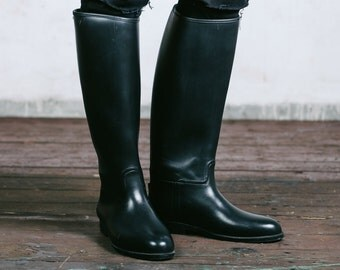 Vintage Horse RIDING Boots . Mens Black Rubber Jackboots Tall Military Officer Preppy Equestrian Footwear . Eur 42. 5,  US mens 8 1/2, UK 8