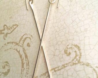 Gold Dangle Threader Earrings, 14k Gold Bar Earrings, Long Gold Threaders, Gold Stick Earrings, Hammered Bar Earrings, Minimalist Earrings