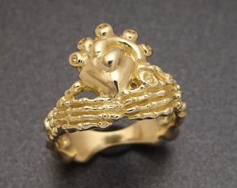 18K Gold Skeletal Claddagh Ring