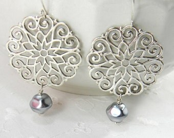Chandelier earrings Silver boho gypsy earrings Pearl Dangle earrings Medallion Earrings
