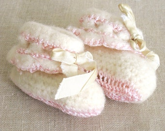 Baby Booties, Baby Shoes, Crochet Baby Boots, Knit Baby Shoes, Boots, Pink and Cream, Baby Clothes, Baby Items, Handmade, Doll Booties, Doll