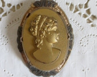 Vintage Victorian Style Gold Tone Cameo Brooch Pin - Steampunk Costume Jewelry