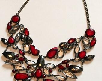 BEAUTIFUL Jewel Bib Necklace