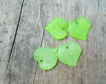 Light Green Lucite Leaf Charm/Pendant 20 pcs. mm(Item Number PL591-6)