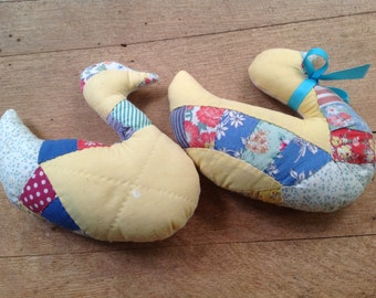 Vintage Quilted Stuffed Ducks // Great for a Nursery // Baby Room