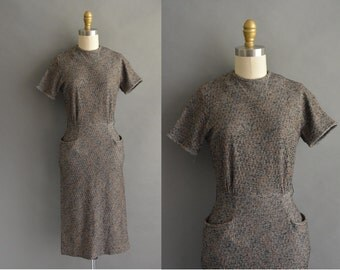 vintage 1950s dress / 50s texture fall vintage wiggle dress