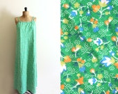 vintage dress womens clothing 1970s maxi hippie sundress kelly green calico print plus size 1x 2x