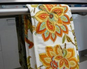 Double Oven Mitt - large citrus coloured retro flowers