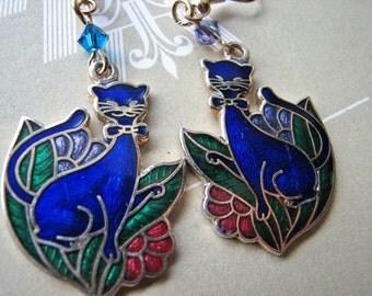 Gold dangle | cat lover | colorful | enamel earrings | cloisonne | vintage
