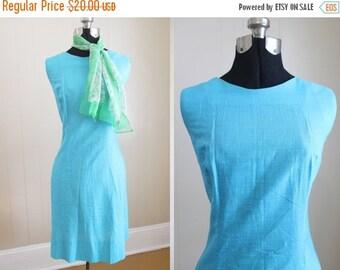20% Off FALL SALE Shift Dress Vintage 1960s Blue Mod Mini Medium