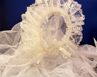 Girls Headband Veil First Holy Communion Baptism Flower Girl Headpiece White Tulle Lace Vintage 1960s