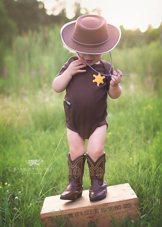 Baby Shower Gift, Sheriff Shirt, Cowboy Halloween Costume, Western Shirt, New Baby gift, Texas Shirt, Dallas cowboys baby, Sherriff Badge