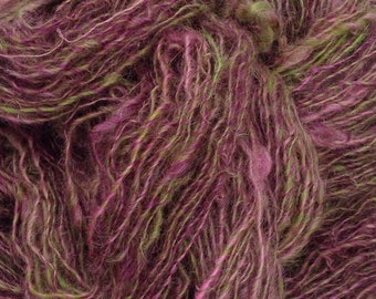 Handspun single ply high yarn mohair border leicester blend purple and green 180 yards 7.5 ounces