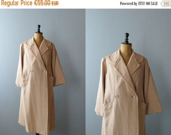 40% OFF SALE // Vintage princesse robe. quilted house coat. blush maxi robe