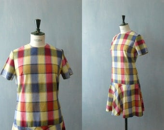 Vintage 1960s dress. Drop waist dress. 60s checkered dress. Cotton dress