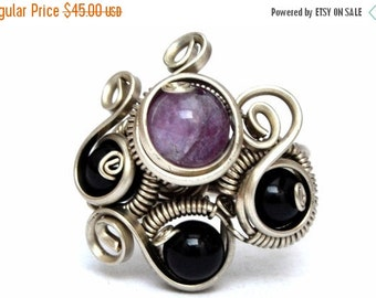Black Purple Ring Boho Ring Wire Wrapped Ring Gothic Ring Bohemian Ring Amethyst Ring Gemstone Ring Stone Ring Wrapping Jewelry Onyx Ring