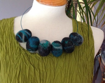 Chunky lagenlook turquoise grey egg beads statement necklace collar - hand felted wool ......Art to Wear