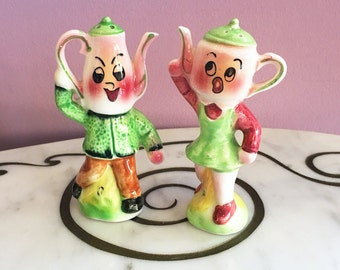 Vintage 50s Teapot Coffee Pot People Salt and Pepper Shakers by ELVIN / 1950s Boy and Girl Anthropomorphic