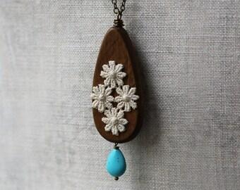 Wood Necklace, Wooden Boho Jewelry, Wooden Teardrop Necklace, Hippie Wedding, Faux Turquoise Tear Drop Pendant, Vintage Flower Lace Necklace