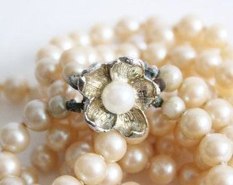 BLOWOUT 40% off sale Vintage Faux Pearl Double Strand Flower Necklace - slide clasp, knotted, 1950s costume jewelry