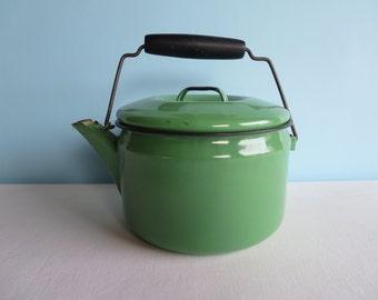 Vintage Green Enamel Teapot - Kettle